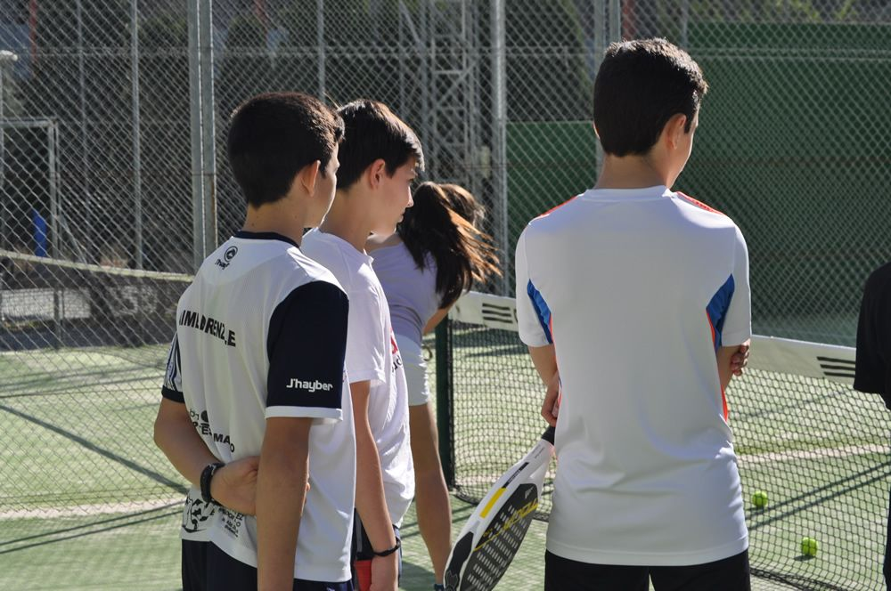 "La Escuela ""Suma + Deporte"". Malakapadel"